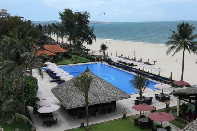 Seahorse Resort & Spa: ngôi nhà thứ 2 bên bờ biển - Ảnh 4.