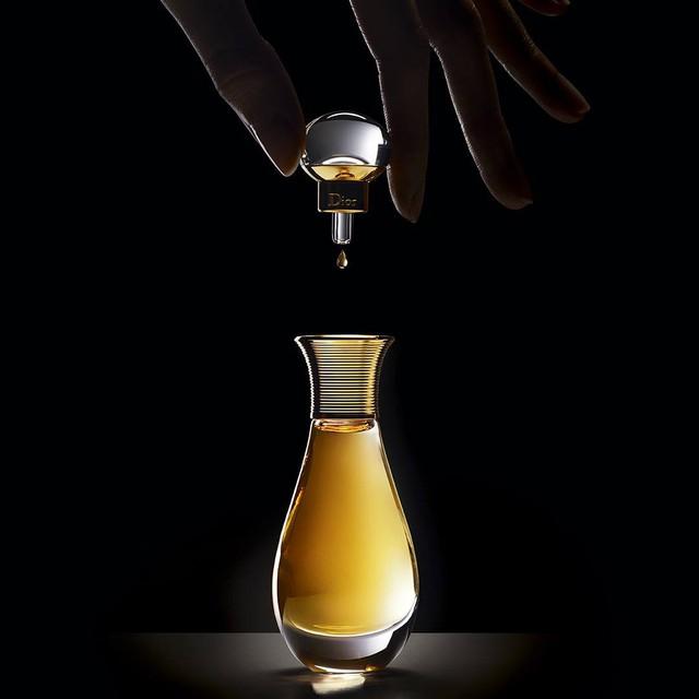 J'adore L'Or Dior Essence de Parfum - Tinh chất từ 10.000 cánh hoa tươi đắt tiền nhất thế giới - Ảnh 1.