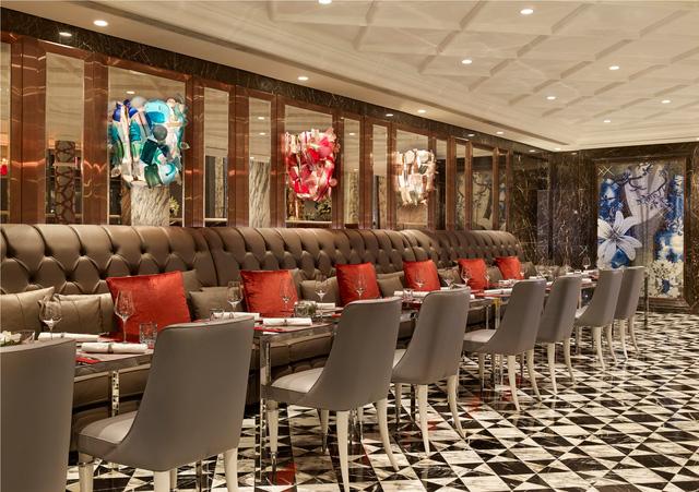 Khách sạn được mệnh danh 6 sao ở Việt Nam xếp top 5 khách sạn trên thế giới - Ảnh 4.