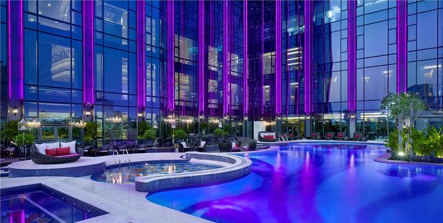 Khách sạn được mệnh danh 6 sao ở Việt Nam xếp top 5 khách sạn trên thế giới - Ảnh 2.