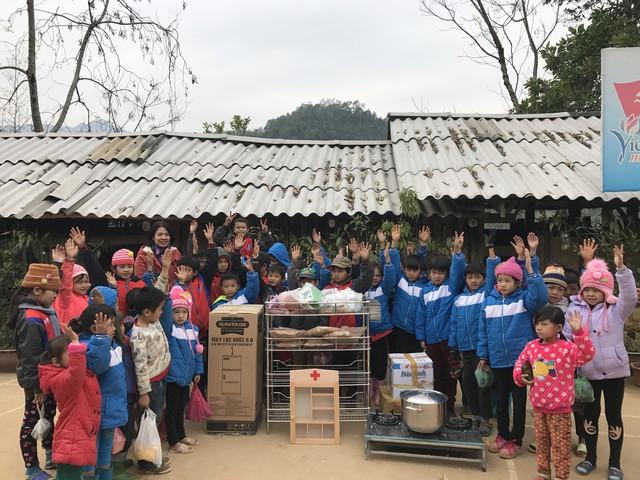 """Sunhouse tham gia chương trình từ thiện """"Xuân vui về bản"""" - Ảnh 2."""