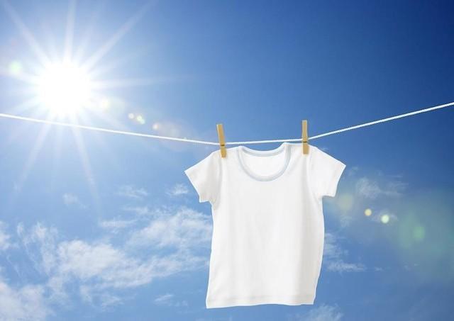 """Để """"thoả sức tận hưởng""""… gu thời trang màu trắng  - Ảnh 1."""