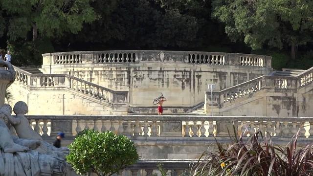 Mùa thu vàng mơ mộng ở Nîmes - Ảnh 10.
