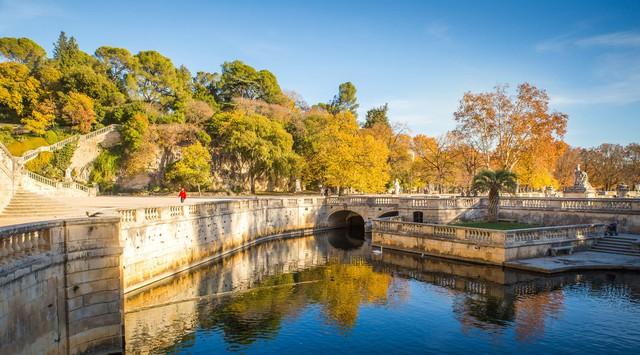 Mùa thu vàng mơ mộng ở Nîmes - Ảnh 21.