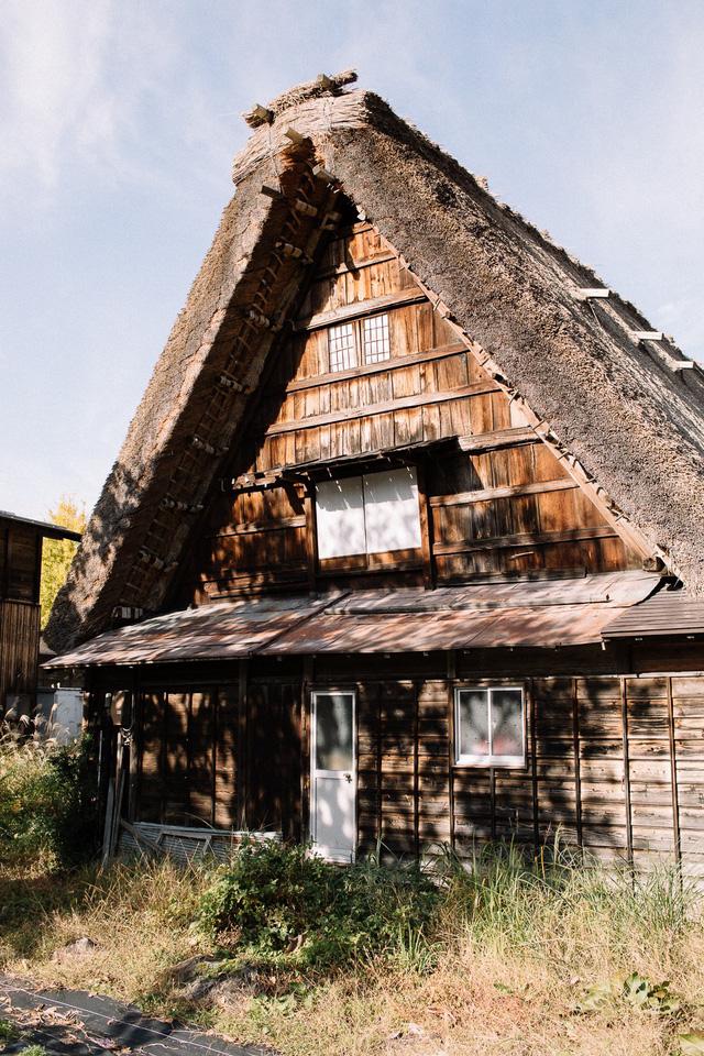 Shirakawa-go: làng cổ đẹp như tranh của Nhật Bản - Ảnh 5.