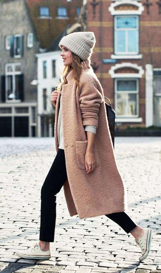 Các bí quyết chọn trang phục ấm mà đẹp cho mùa đông - Ảnh 1.