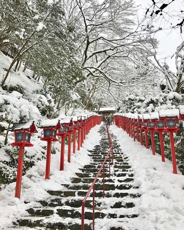 Kyoto mùa đông: cảnh đẹp cố đô chìm trong tuyết trắng - Ảnh 13.