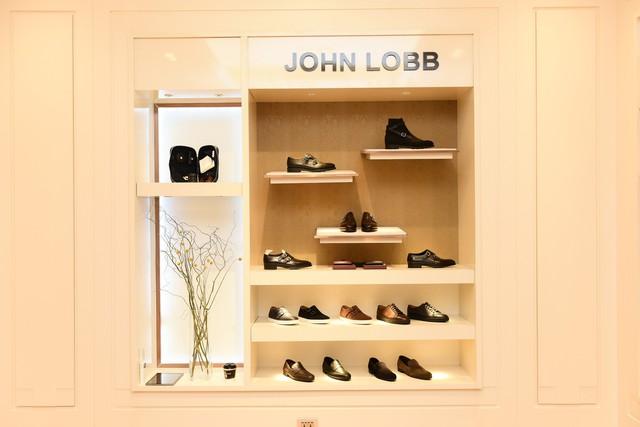 Thương hiệu giày nam xa xỉ John Lobb chính thức vào Việt Nam - Ảnh 1.