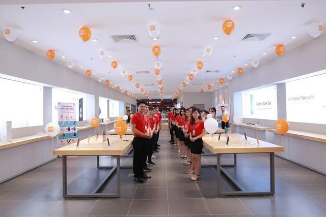 Mi Store ủy quyền đầu tiên chính thức có mặt tại thủ đô Hà Nội - Ảnh 1.