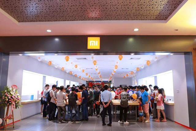 Mi Store ủy quyền đầu tiên chính thức có mặt tại thủ đô Hà Nội - Ảnh 3.
