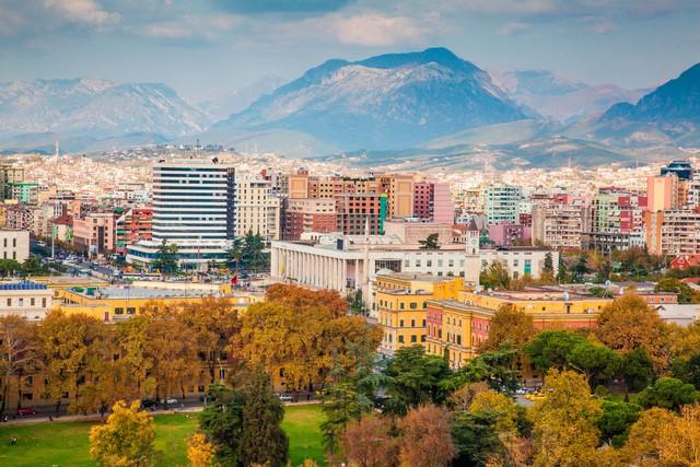 Albania – vùng đất đẹp ẩn mình giữa châu Âu - Ảnh 3.