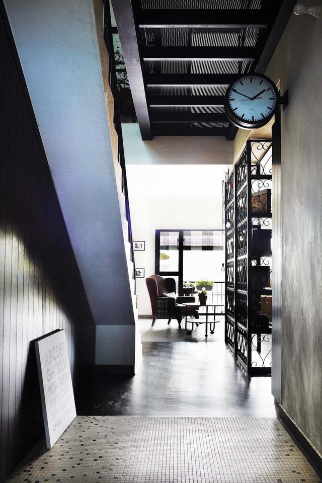 Ngôi nhà 2 tầng nhỏ xinh mang phong cách retro - Ảnh 6.