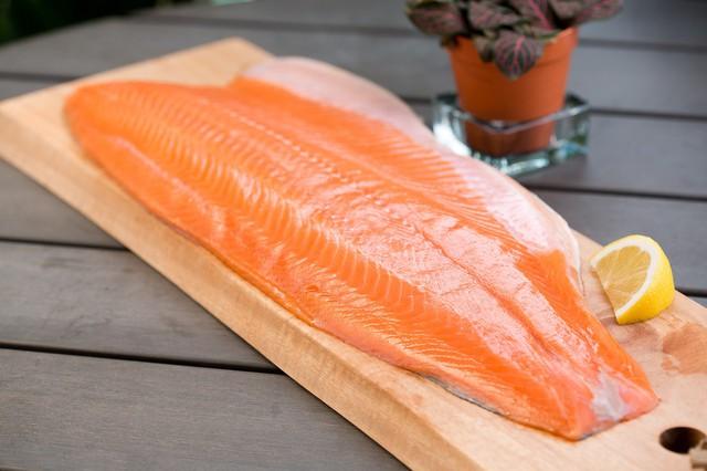 3 món ngon mà vẫn giữ nguyên dưỡng chất từ cá hồi - Ảnh 1.