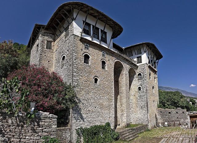 Albania – vùng đất đẹp ẩn mình giữa châu Âu - Ảnh 12.