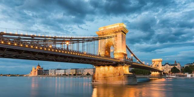 Đến Budapest để ngắm sông Danube - Ảnh 4.
