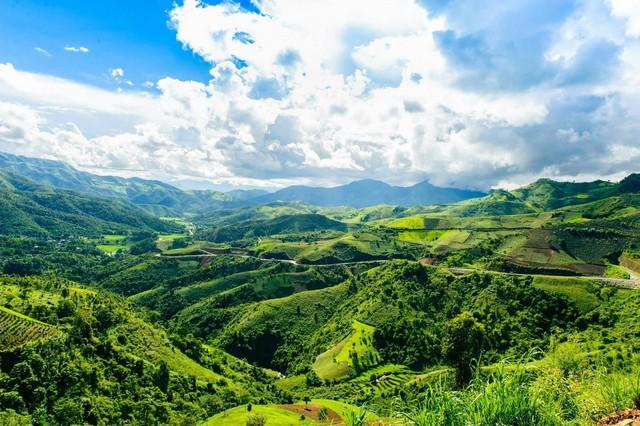 8 địa điểm để bạn làm quen với trekking tại Việt Nam - Ảnh 6.