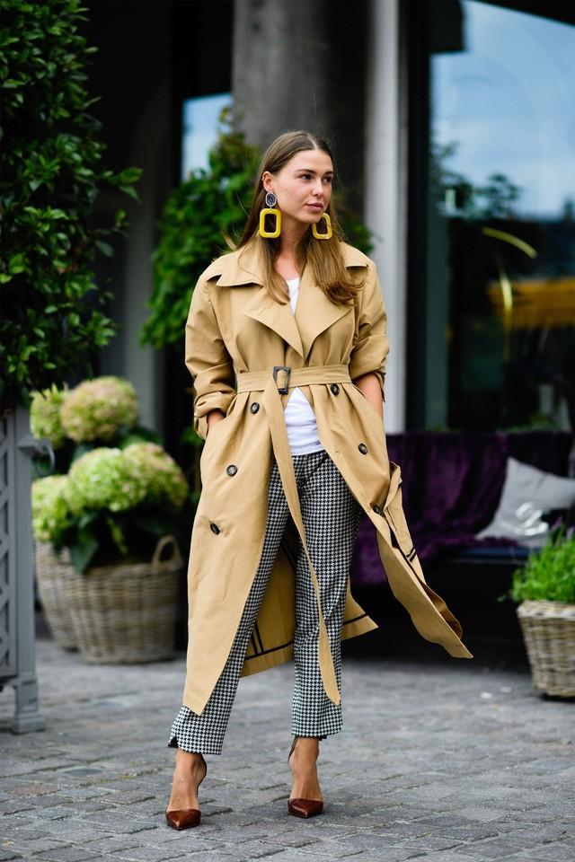 Trench coat: nhất định phải có trong mùa đông - Ảnh 2.