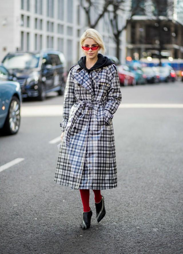 Trench coat: nhất định phải có trong mùa đông - Ảnh 6.