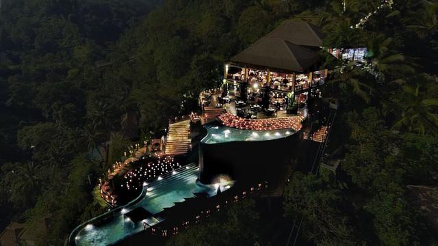 Bể bơi ở vườn treo nhiệt đới Hanging Gardens Of Bali