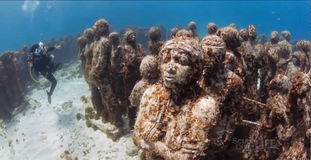 Lặn biển để ngắm những pho tượng bí ẩn và tuyệt đẹp - Ảnh 12.