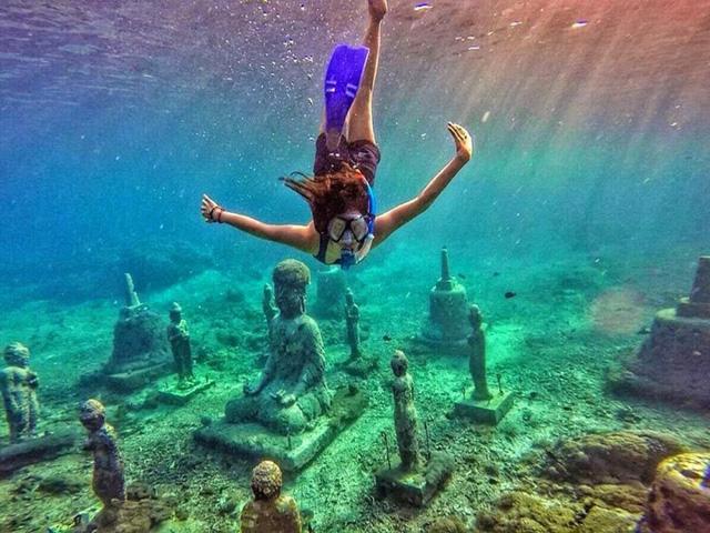 Lặn biển để ngắm những pho tượng bí ẩn và tuyệt đẹp - Ảnh 8.