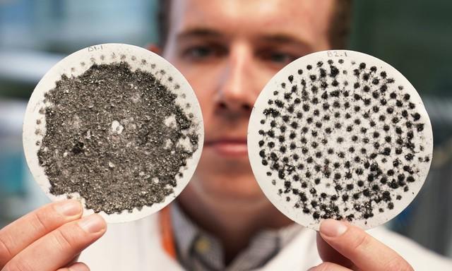 Chế độ giặt nhiều nước tăng phát tán hạt vi nhựa? - Ảnh 2.