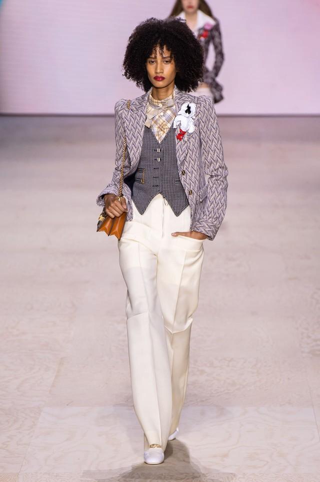 BST Xuân – Hè 2020 của Louis Vuitton: năm 1970 đã trở lại - Ảnh 2.