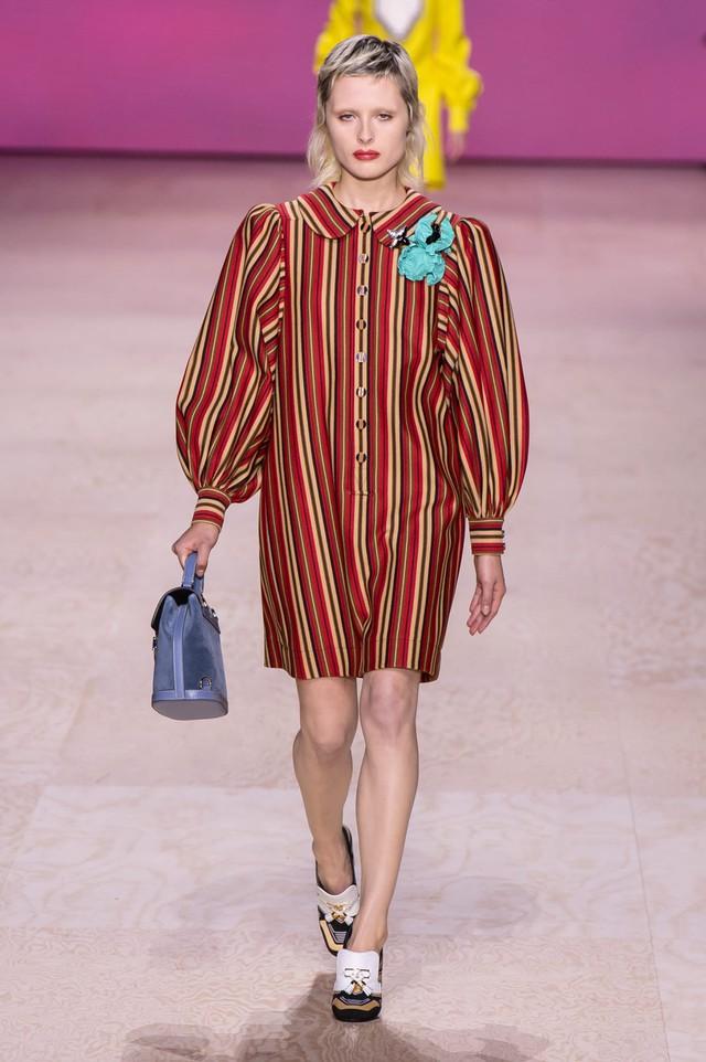 BST Xuân – Hè 2020 của Louis Vuitton: năm 1970 đã trở lại - Ảnh 11.