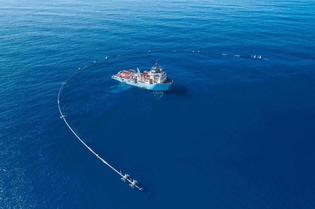 Con tàu với sứ mệnh thu dọn rác thải nhựa đã ra khơi - Ảnh 4.