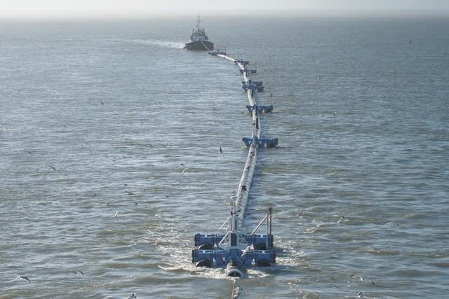 Con tàu với sứ mệnh thu dọn rác thải nhựa đã ra khơi - Ảnh 5.