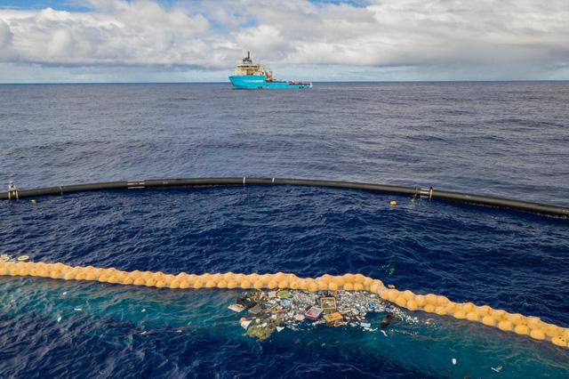 Con tàu với sứ mệnh thu dọn rác thải nhựa đã ra khơi - Ảnh 7.