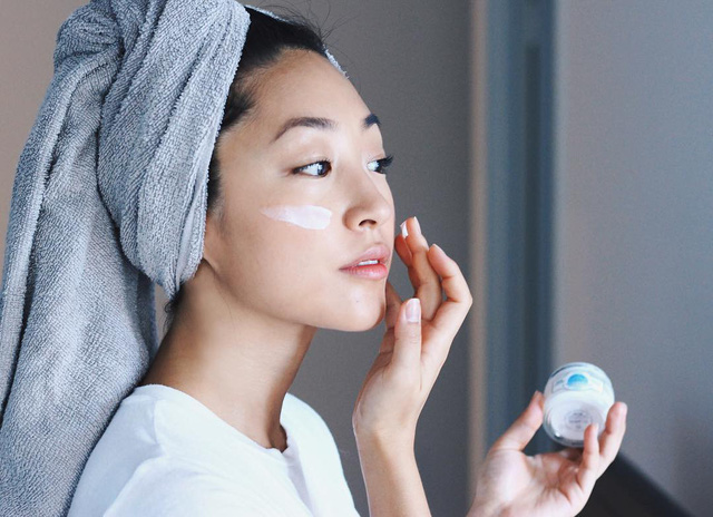 6 mẹo giữ cho làn da khỏe mạnh trong mùa đông - Ảnh 2.