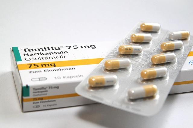 Số người nhập viện vì cúm A tăng, khan hiếm thuốc điều trị - Ảnh 2.