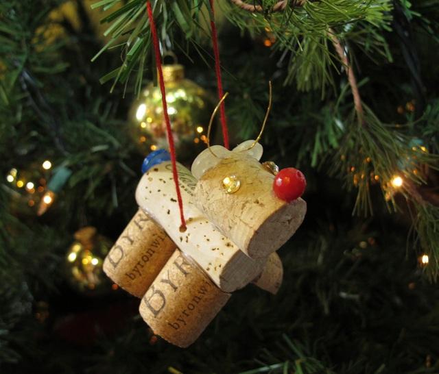 Trang trí nhà đón Giáng sinh bằng vật liệu tái chế - Ảnh 9.