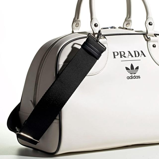 Sản phẩm hợp tác giữa Adidas và Prada: đơn giản đến khó tin - Ảnh 6.