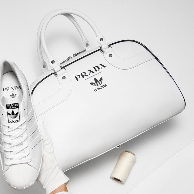 Sản phẩm hợp tác giữa Adidas và Prada: đơn giản đến khó tin - Ảnh 4.