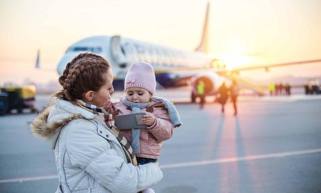 Những kinh nghiệm di chuyển và lưu trú cho hành khách nhí - Ảnh 1.