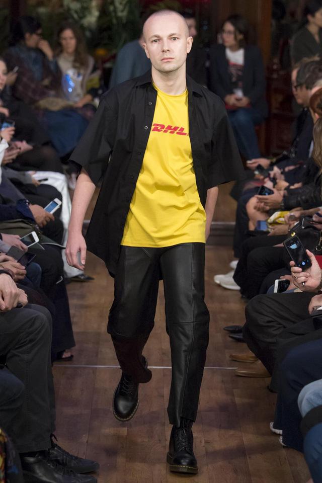 10 sản phẩm thời trang phủ sóng rộng khắp nhất trong thập kỷ qua - Ảnh 7.