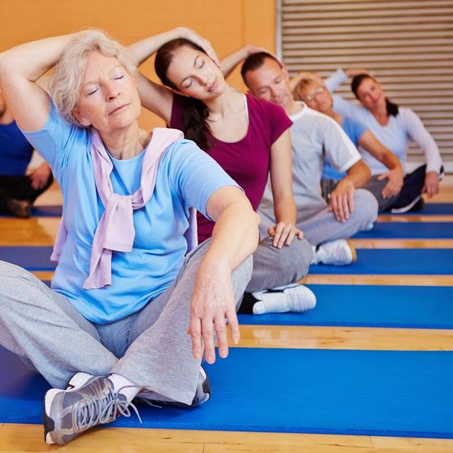Yoga có lợi cho trí nhớ và điều tiết cảm xúc - Ảnh 1.