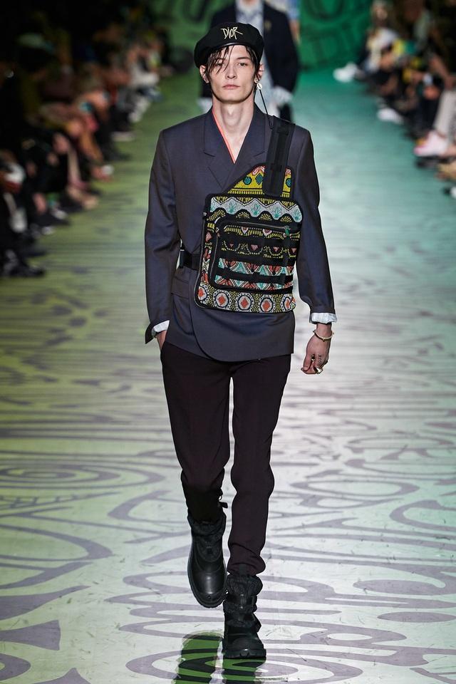 BST pre-fall 2020 dành cho nam giới của Dior: sắc màu biển nhiệt đới - Ảnh 7.