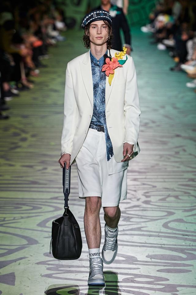 BST pre-fall 2020 dành cho nam giới của Dior: sắc màu biển nhiệt đới - Ảnh 11.