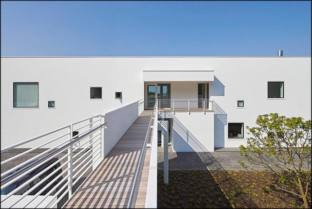 Ngắm nhìn ngôi nhà từng được giải thưởng kiến trúc của Mr Bean - Ảnh 4.
