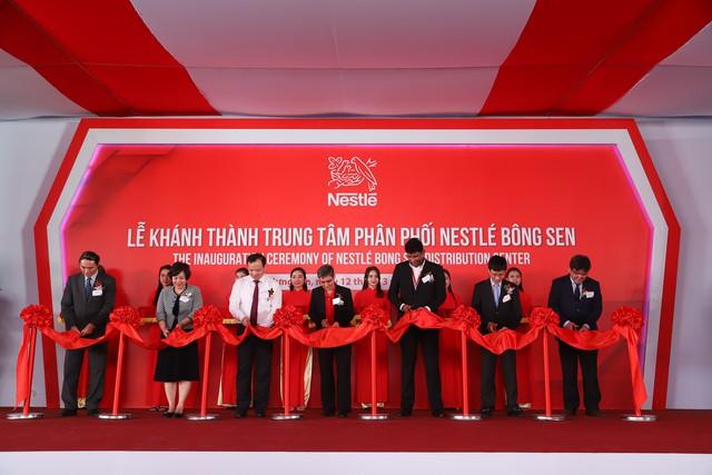 Nestlé Việt Nam khánh thành Trung tâm phân phối mới - Ảnh 1.