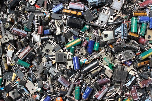 Rác thải điện tử và những nguy hại cho môi trường - Ảnh 1.