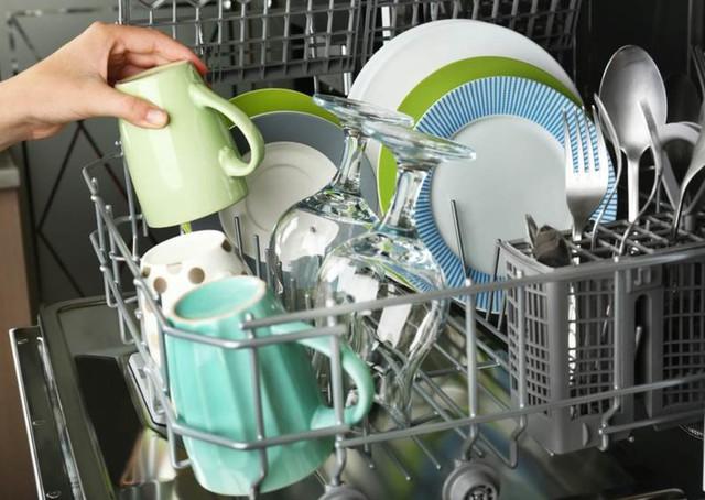 5 tình huống máy rửa bát gây chuyện - Ảnh 2.