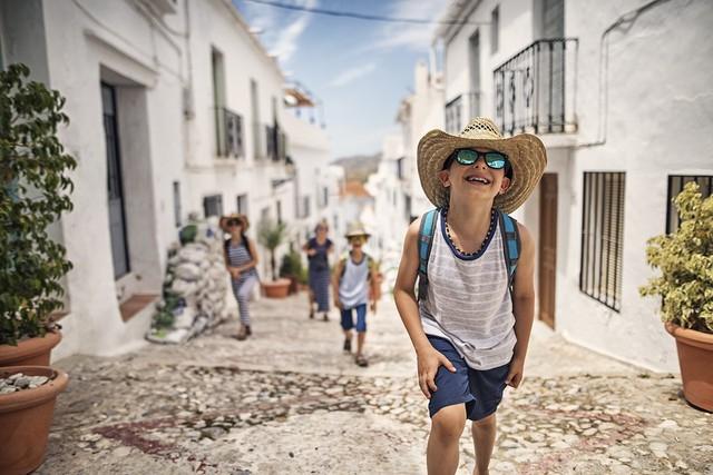 5 lỗi thường gặp khi đi du lịch cả gia đình - Ảnh 3.