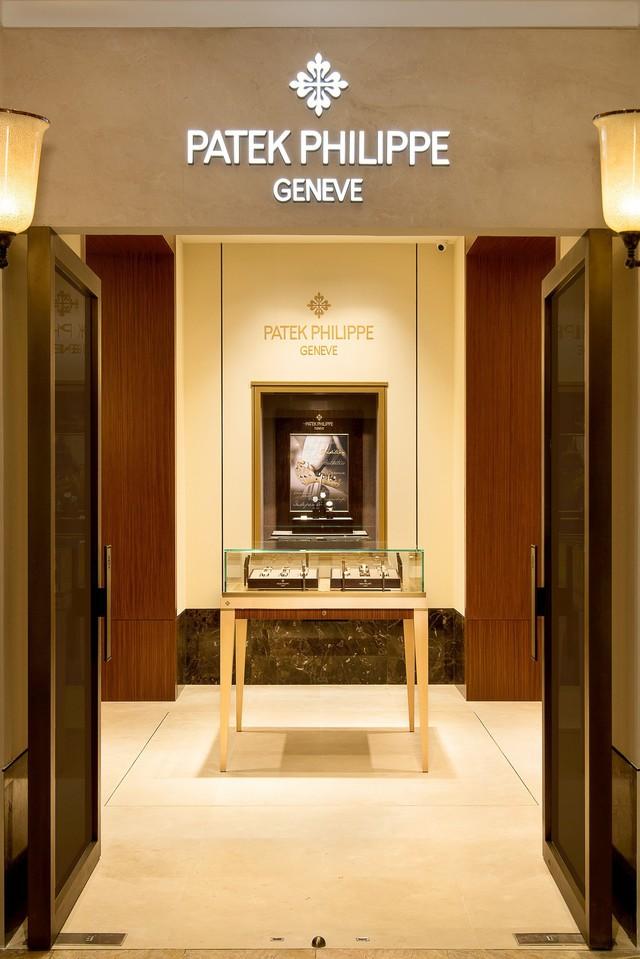 Patek Philippe chính thức khai trương boutique đầu tiên tại Việt Nam - Ảnh 1.