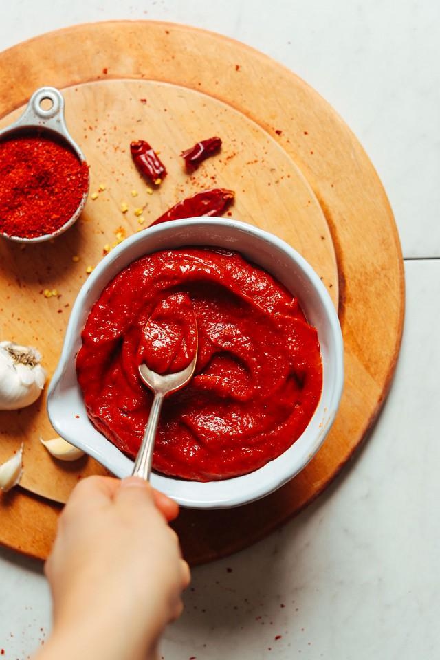 Tự làm 3 loại tương ớt cho ngàn món ăn ngon - Ảnh 2.