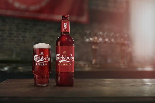 Carlsberg ra mắt phiên bản bia đỏ mới - Ảnh 1.