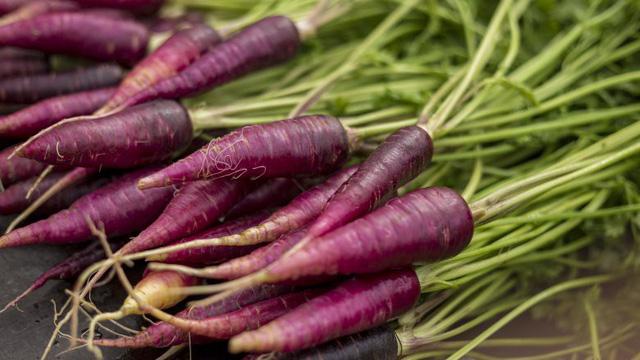 Tám loại rau và trái cây màu tím bạn cần ăn - Ảnh 5.
